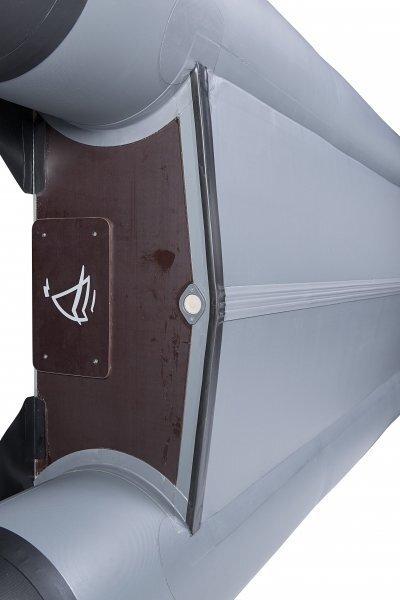 Лодка  Admiral AM-375C с килем, серая