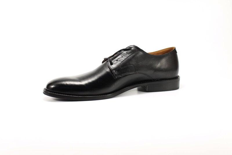 BADURA ādas kurpes internetā
